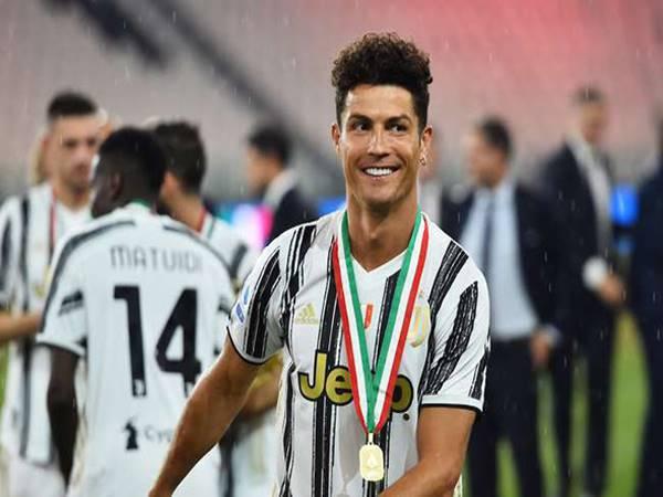 Ronaldo gây chấn động mơ về PSG cùng Neymar