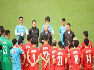 Bóng đá VN 16/6: Đội tuyển Việt Nam được đánh giá cao hơn Trung Quốc