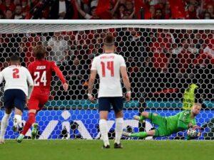 Penalty là gì? Cách sút Penalty để đánh bại mọithủ môn